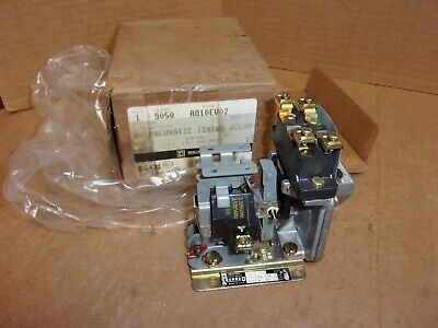 Square D AC Pneumatic Timing Relay 9050 A010EV02 , New