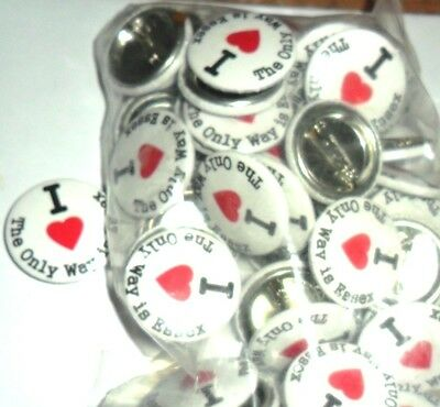 JOB LOT  x 50 TOWIE button badges 1 inch/ 25mm. I LOVE THE ONLY WAY IS ESSEX