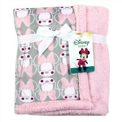 Disney Sherpa Blankets Minnie mouse new stock in today 75x100cm. Disney baby.