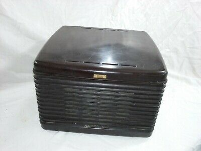 RCA Victor 45-EY-3 Victrola Record Player With Bakelite Case & Record -  DW391