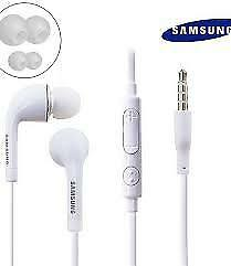 new Samsung Handsfree Headphones Earphones Earbud with Mic EHS64AVFWE