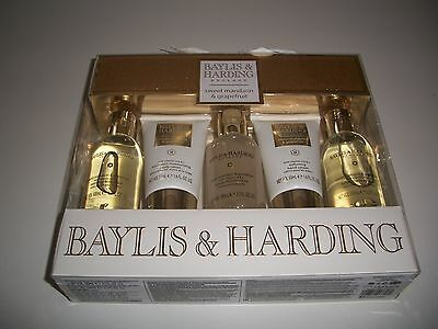 Beautiful Baylis & Harding Sweet Mandarin & Grapefruit 5 piece Gift Set