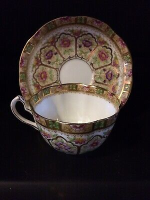 Court Royal Albert Bone China Flower Pattern Tea Cup And Saucer