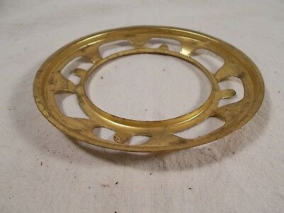 Vtg USED Victorian Brass 4 inch Gas or Ball Shade holder for #2 Oil Lamp Burner