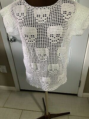 Hand Made Crochet Top With Skulls Design, Color White Size Large.