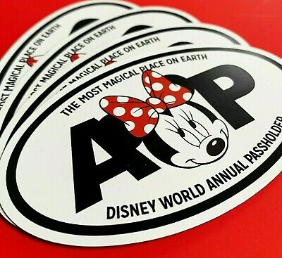 Cute Minnie Mouse Bow Disney Annual Passholder Oval Car Magnet