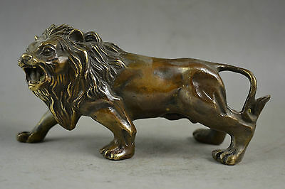 Old Decorated Handwork carved bronze Carved A Fierce Lion Dog Roar Statue