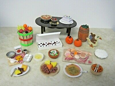 Dollhouse Miniatures Handcrafted set dog dishes pretend food /& water on mat