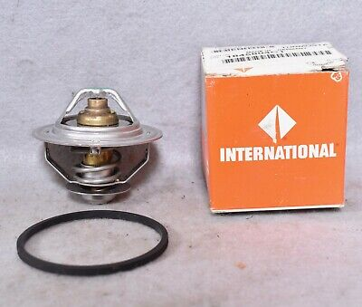 International Thermostat 1845804C1