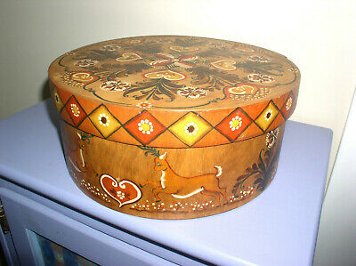 Vintage Tole Painted Round Shaker Cheese Box Deer Neutral Colors Folk Art 12""