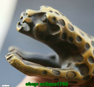 Fengshui old Bronze Animal Leopard Panthera Pardus Cheetah Wealth tiger Statue