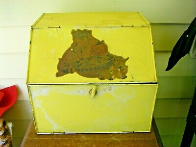 Vintage Rustic Country Kitchen Metal Bread Box