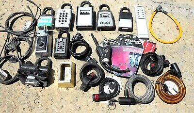 BIG LOT of locks, etc... Some with keys   Locksmith, Collector...
