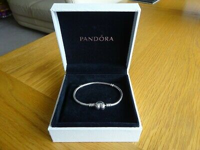 PANDORA MOMENTS STERLING SILVER CHARM BRACELET WITH HEART CLASP SIZE 16cm