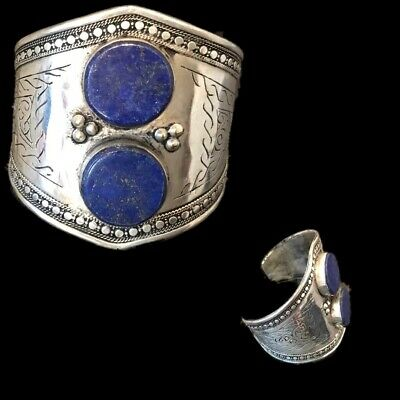 Ancient Silver Decorative Gandhara Bedouin Torc With Blue Stone 300 B.C. (1)