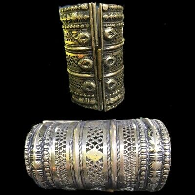 Ancient Silver Decorative Gandhara Bedouin Torc 300 B.C. (3)