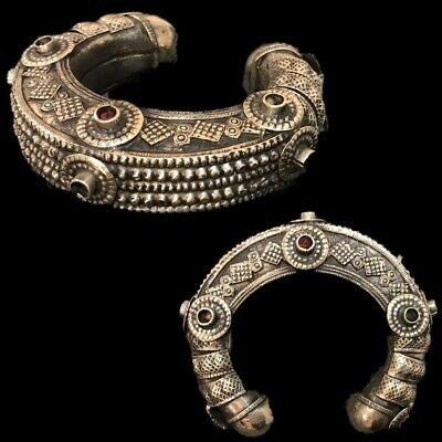 Ancient Silver Decorative Gandhara Bedouin Torc With Stones 300 B.C. (6)