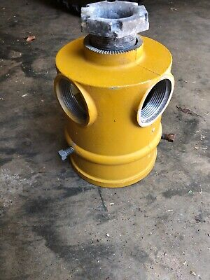 """Traffic Light Signal Slip Fitter with Mounting Arms Access 4.5"""" With Locking Nut"""
