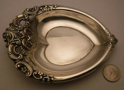 Wallace Grande Barouqe Sterling Silver Heart Shaped Candy Nut Jewelry Dish **