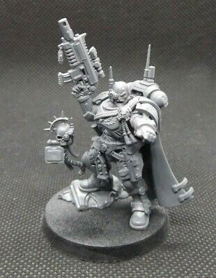 Captain In Phobos Armour - Warhammer 40K - Shadowspear - Space Marine Vanguard