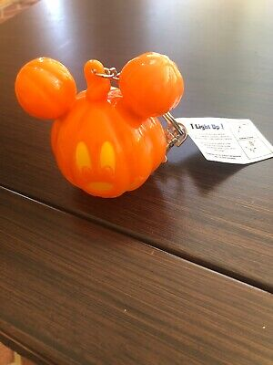 Disney Parks Halloween Mickey Mouse Pumpkin Light Up Keychain New