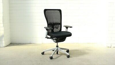 Office/Home Haworth Zody Clerical Chair w/ Arms Black Fabric / Mesh 39556/5247