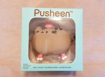 Pusheen Box Spring 2019 Roller Skating Pusheen Figurine - new in box!