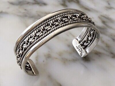 Mexican Vintage Antique 925 Sterling Silver Bangle  Bracelet Really Gorgeous.