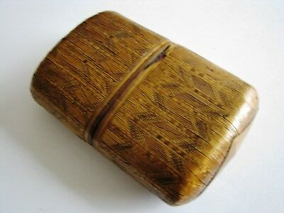 19th CENTURY PRISONER OF WAR STRAW WORK CIGAR CASE