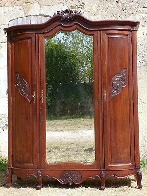 Hand Carved Louis XV style three  door Armoire C1900(HS95)