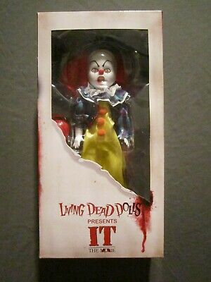 Mezco Living Dead Dolls Pennywise with Balloon Collectible Figurine Stephen King