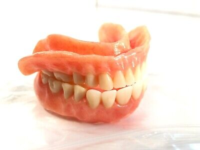 Full Set Used Dentures Teeth.(c)