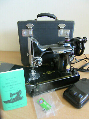 Vintage Singer Featherweight #221-1 CLEAN black sewing machine with case
