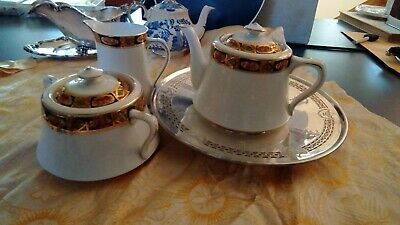 Antique/ Vintage Royal Albert teapot creamer sugar perfect Gaudy ware