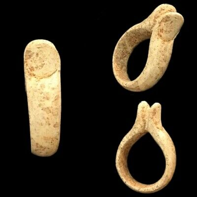 Beautiful Ancient Egyptian Finger Ring 300 Bc (1)