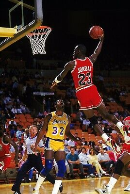 MICHAEL JORDAN DUNKING ON MAGIC POSTER, size 24x36