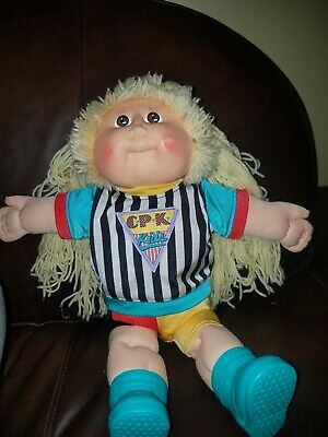 1983 Vintage Cabbage Patch Kids Blonde Girl Doll w/ clothes boots & diaper