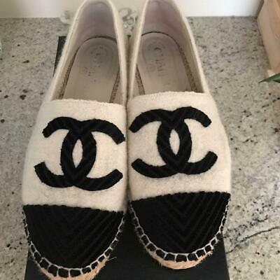 Authentic CHANEL Vintage Espadrilles Flat Shoes 38 White Black With Pouch Box
