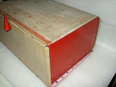 Vintage Red  FLOWERS Metal Lincoln Beauty Box Bread 40'S 50'S NO MARKINGS