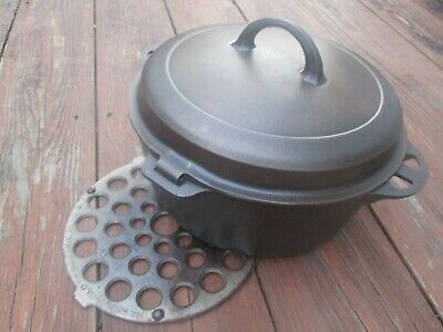 """Fully Restored!"" Griswold #8 Hinge Lid Self Basting C/Iron Dutch Oven & Trivet"