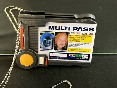 QMX The Fifth Element Multipass Card Movie 1:1 Replica - Leeloo Dallas New