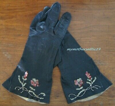 "1940s pair of Ladies Black Leather ""Vienna Chic"" Gloves"