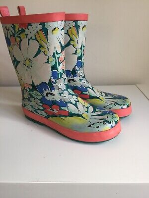 girls wellington boots from john lewis size uk 2 Floral
