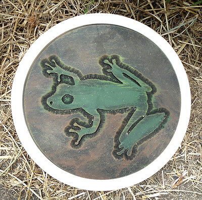 Tree Frog stepping stone concrete plaster mold mould