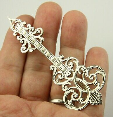 Superb large antique Victorian circa1890 sterling silver arrow brooch pin
