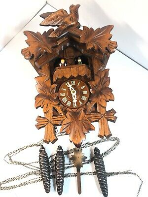 Black Forest 5 Leaves Beautifully Swiss Musical CUCKOO CLOCK made In Germany