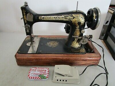 Antique Singer Egyptian Sphinx Model 1566 Sewing Machine From 1908