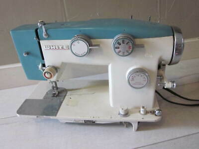 White ZigZag Model 782 Sewing Machine