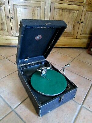 Vintage  Gramophone Wind Up Circa Early 1920/30s Working - PICNIC GRAMOPHONE
