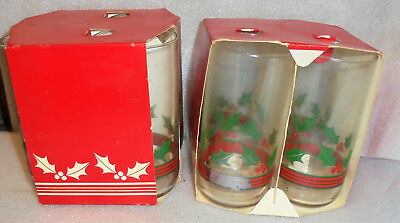 FOUR Vintage 1960's Christmas Drinking Tumblers Glasses  Holly Berries NEW..